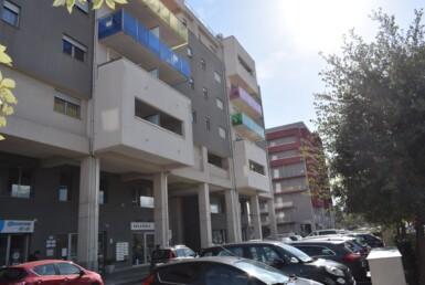 Complesso Marconi 2- Balconi Colorati
